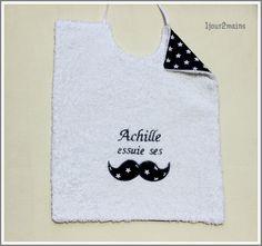 bavoir moustache Achille