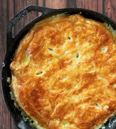 Cast Iron Chicken Pot Pie with Puff Pastry Crust Recipe - Chicken pot pie if it is made right taste like eating a hug! It is delicious and savory and makes y - Puff Pastry Crust Recipe, Chicken Pot Pie Recipe Puff Pastry, Skillet Chicken Pot Pie Recipe, Easy Chicken Pot Pie, Puff Pastry Recipes, Chicken Pot Pie Crust, Puff Recipe, Recipe Chicken, Baked Chicken