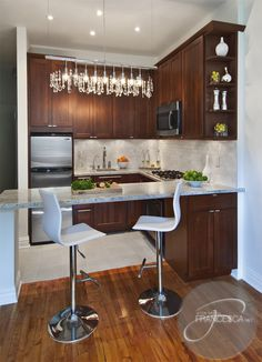 Small Space Gallery Dining At The Counter In Style Table And Chairs Small Kitchens And Smalls
