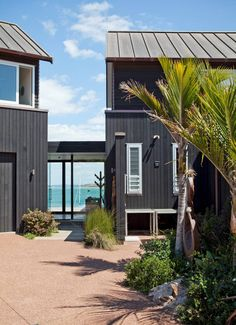 Peter and Fiona Kirch found the perfect holiday spot close to home. Waiheke Island, Fire Pizza, Best Bbq, Wood Fired Pizza, Breezeway, Close To Home, Travel And Leisure, The Hamptons, Outdoor Structures