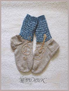 Оригинальные носки спицами