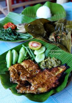 http://gastronomy-aficionado.com/2013/08/29/ikan-bakar-nila-khas-padang-bang-themmy/