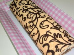 Caprichos en la Cocina.: Brazo de gitano decorado (pionono).