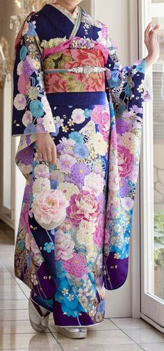 Modern Japanese Furisode Kimono with Peony Flowers Traditional Kimono, Traditional Fashion, Traditional Dresses, Traditional Japanese, Japanese Outfits, Japanese Fashion, Asian Fashion, Japanese Clothing, Tokyo Street Fashion