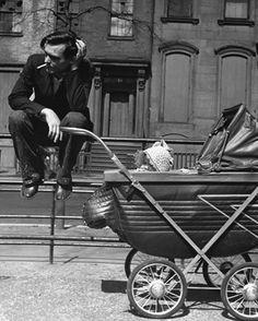 Arthur Leipzig - Washington Square, 1945. S)
