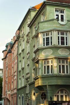 allthingseurope:    Munich (by Silvia+Nikon)