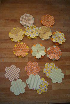 Tavaszkívánós papírvirág-koszorú