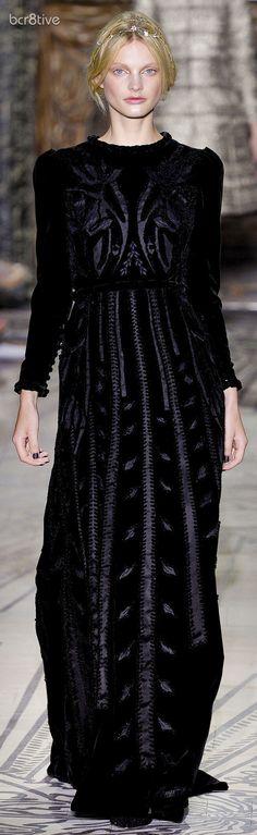 Valentino Haute Couture Fall Winter 2011/2012 Collection