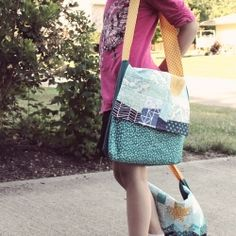 Full tutorial for a kid's messenger bag with two patchwork variations.