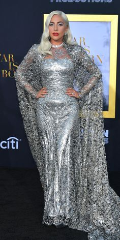 Lady Gaga stepped out for the A Star Is Born premiere in a regal Givenchy dress and almost 120 carats of Bvlgari diamonds. Iconic Dresses, Glamorous Dresses, Nice Dresses, Awesome Dresses, Formal Dresses, Hollywood Fashion, Bradley Cooper, Celebrity Outfits, Celebrity Style
