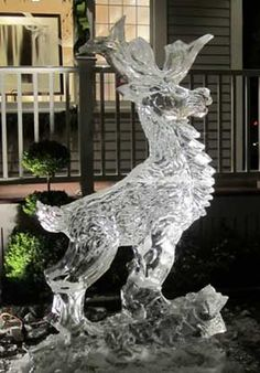 Check out the ice luges, bars, & other ice sculptures from ice sculpture artist Don Chapelle in Boston, MA. Snow Sculptures, Sculpture Art, Ice Art, Snow Art, Ice Ice Baby, Architecture Tattoo, Snow And Ice, Winter Scenes, Funny Art