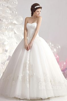 Perfect Ball Gown Sweetheart Court Train Tulle Wedding Dress CWLT1304A #weddingdresses #cocomelody