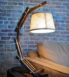 Rustic-wooden-table-lamp-1368104231