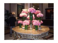 Google Image Result for http://cache.virtualtourist.com/4/2868640-Lobby_floral_arrangement_at_the_Regent_Los_Angeles.jpg