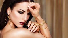 Sense Dubai.                               Photo: Magdalena Trebert.            Model: Sandra Lepak