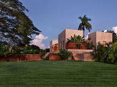 Casa e vegetação Arquiteto: Reyes Rios + Larrain Studio Fonte: designboom