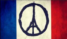 El símbolo de la Paz rediseñado con la Torre Eiffel sobre la bandera de francia, otra imagen solidaria tras los atentados de Paris del 13 de noviembre #prayforparis #todossomosparis