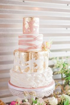 Gold and blush pink wedding cake | Sara Lynn Photographic | see more on: burnettsboards.co...