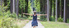 Was kann die Medizin von der Glücksforschung lernen? Ist Glück angeboren oder können wir es lernen? #Eurojackpot #LottoBW Board, Outdoor Decor, Medicine, Studying, Planks
