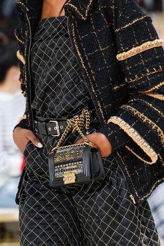 a5b023a064fe Chanel Fall 2016 rtw Paris Fashion Week Парижская Мода, Мода От Кутюр,  Модный Показ