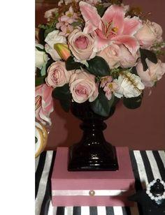 Vaso de flores artificiais com toque real - Festa Barbie Fashion