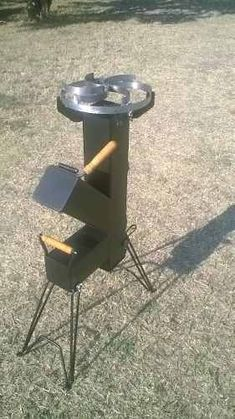 rocket stove and grill Wood Gas Stove, Diy Wood Stove, Outdoor Wood Burner, Outdoor Stove, Rocket Heater, Rocket Stoves, Metal Projects, Welding Projects, Welding Ideas