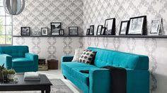 Die Kollektion Eterna besticht durch eine kunstvoll ausgearbeitete klassische Ornamentik, die durch eine zarte Patina besonders lebendig und plastisch wirkt. Die einzigartige Kombination aus schlichter Eleganz und Used-Look gibt Wänden eine ganz besondere Ausstrahlung.