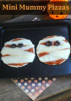 Halloween Recipes :: Mini Mummy Pizzas