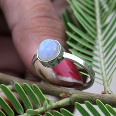 key pieces of trendy natural moonstone ring charm engagement rings 1 Hippie Rings, Gypsy Rings, Boho Rings, Bridesmaid Rings, Expensive Rings, Moonstone Jewelry, Labradorite Ring, Rainbow Moonstone Ring, Stylish Rings