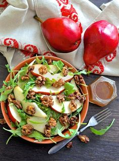 An incredibly fresh, flavourful & yet simple Pear Walnut Salad with Cinnamon Maple Dressing. A delicious mix of sweet and savoury flavours and lovely textures.