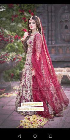 Awesome New Bridal Photoshoot of Hira Mani Asian Bridal Dresses, Bridal Mehndi Dresses, Desi Wedding Dresses, Pakistani Wedding Outfits, Bridal Dress Design, Bridal Outfits, Bride Dresses, Bridal Shoes, Pakistan Bridal