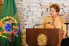 O s    E s p i n h o s    d o     M a n d a c a r ú: Dilma quer que ministros reajam a falsas notícias:...