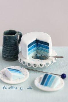Miniature sea blue cake | PetitPlat