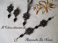 "Beautiful ""Black Miranda"", complete jewelry set."
