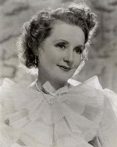Billie Burke circa 1939 Glenda The Good Witch, In The Heights Movie, Wizard Of Oz 1939, Billie Burke, Musical Film, Over The Rainbow, Your Music, New Movies, Classic Hollywood