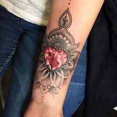 Small mandala piece with a diamond Taken by moni_tattoo_artist on Wednesday April 2016 Ruby Tattoo, Gem Tattoo, Jewel Tattoo, Diamond Tattoos, Lace Tattoo, Rose Tattoos, Trendy Tattoos, Sexy Tattoos, Body Art Tattoos