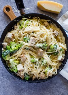 Chicken and broccoli coated in a light skinny garlic Alfredo sauce. This guilt free version of chicken Alfredo is creamy, flavor