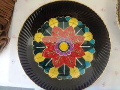 Mandala pintada em prato de vidro- técnica marroquina