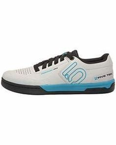 2e9a03cac93a These Are the best weight-lifting Shoes. This is the best gear for  weightlifters
