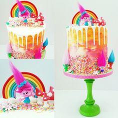 Trolls Drip cake.