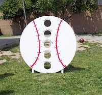 Bean bag toss game for the older kids. something for Levi and the boys to make and play