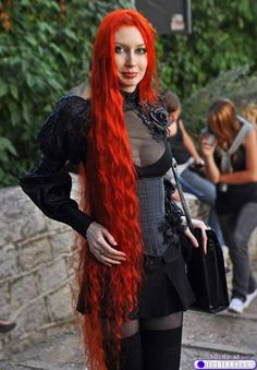 Red headed #Goth girl beauty