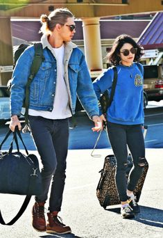 vanessa hudgens and austin butler image Vanessa And Austin, Vanessa Hudgens And Austin Butler, Lazy Outfits, Going Out Outfits, Trendy Outfits, Estilo Vanessa Hudgens, Vanessa Hudgens Style, Boho Fashion, Fashion Beauty