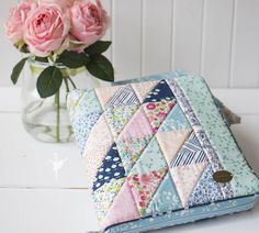 Friday Spotlight: Ali's Pretty Patchwork Planner Cover — SewCanShe | Free Daily Sewing Tutorials