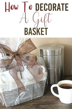 How to decorate a gift basket is not so a difficult question to answer. I have shared a handful of ways to get you started on how to decorate a gift basket. #diy #giftbasket #howto via @homebyjenn Diy Home Projects Easy, Weekend Projects, Diy Wall Decor, Entryway Decor, Farmhouse Wall Decor, Farmhouse Style, Organized Mom, Boho Home, Types Of Craft