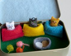 Miniature felt cats in snuggle bags Altoid tin play set -  balls of yarn and food bowl by wishwithme on Etsy https://www.etsy.com/listing/232299929/miniature-felt-cats-in-snuggle-bags