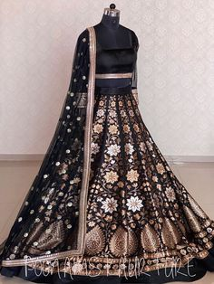 Black Bridal Dresses, Desi Wedding Dresses, Indian Gowns Dresses, Indian Fashion Dresses, Dress Indian Style, Indian Designer Outfits, Bridal Outfits, Pakistani Dresses, Indian Outfits