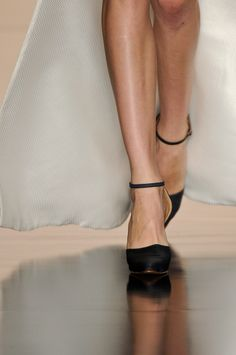 Detalhes // Acquastudio por Esther Bauman, SPFW, Verão 2014 RTW // Foto 34 // Desfiles // FFW Mary Janes, Studio, Shoes, Fashion, Pictures, Moda, Zapatos, Shoes Outlet, Fashion Styles