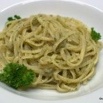 Linguine mit Maronen-Pesto