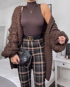Fall Winter Outfits - My Style Over-sized Chunky Sweaters: How to Wear & Where To Buy ⋆ inspo - Winter Fashion Outfits, Fall Winter Outfits, Look Fashion, Spring Outfits, Autumn Fashion, Fashion Shoes, Girl Fashion, Fashion Dresses, Classy Outfits